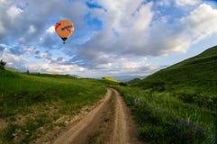 cirkus för luftballongbealton som flyger den varma photgrphed showen va Royaltyfri Fotografi