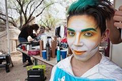 英俊的男性Cirque演员 库存图片