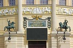 Cirque D Hiver, ingången (Paris Frankrike) Arkivbild