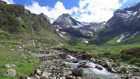 Cirque de Troumouse - el cirque glacial en los Pirineos metrajes