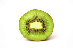 Ciérrese encima de la fruta de kiwi fresca del pedazo Fotos de archivo libres de regalías