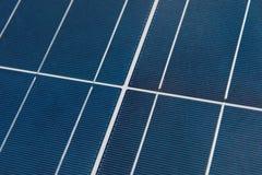 Ciérrese encima del detalle del panel solar Foto de archivo libre de regalías