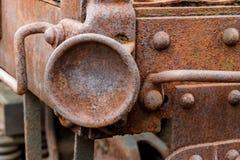 Ciérrese para arriba del coche de tren abandonado de carga del carbón Fotografía de archivo libre de regalías