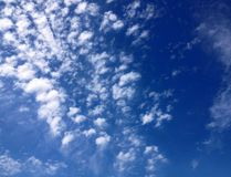 Cirrus σύννεφα Στοκ φωτογραφίες με δικαίωμα ελεύθερης χρήσης