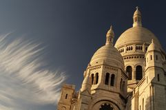 Cirrus clouds over Sacre-Coeur Royalty Free Stock Images