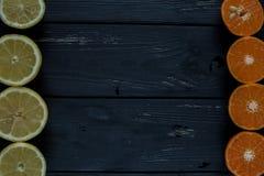 Cirtus no fundo de madeira foto de stock