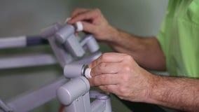Cirugía robótica Robot médico - cantidad común almacen de metraje de vídeo