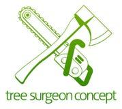 Cirujano de árbol Axe y concepto de Cainsaw Foto de archivo