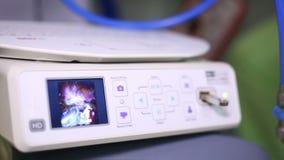 Cirurgia robótico Robô médico Operação médica que envolve o robô vídeos de arquivo