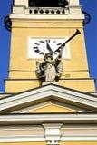 Cislago gamla abstrakta Italien väggen och trumpeten Fotografering för Bildbyråer