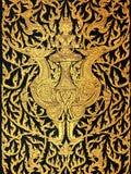 Cisnes del paseo de dios en arte tailandés tradicional del estilo Imagen de archivo