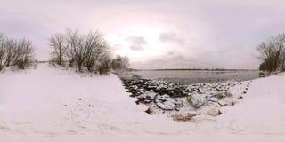 Cisnes en el río 360 grados almacen de metraje de vídeo
