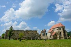 Cistercian монастырь от деревни Carta, около Сибиу, Трансильвания, Румыния стоковое фото rf
