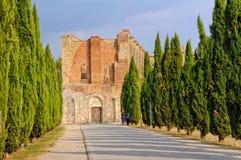 Cistercian abbotskloster - San Galgano Royaltyfria Bilder