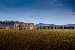 Cistercian Abtei von San Galgano nahe Chiusdino, Toskana, Italien Stockfotos