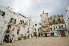 Cisternino Puglia, södra Italien Arkivbilder