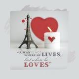 Citações do dia de Valentim com vela, lareira e torre Eiffel Souv Fotografia de Stock