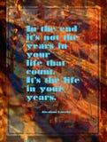 Citações inspiradas por Abraham Lincoln no fundo abstrato colorido imagem de stock