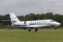 Citación D-CLEO soberano de Cessna 680 imagen de archivo