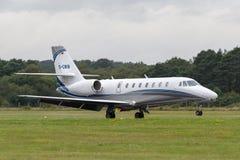 Citación excelente Cessna soberano de Cessna del aire 680 aviones de jet privado D-CWIN fotos de archivo