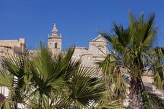 Citadell överst av kullen i Victoria, på ön av Gozo Arkivbild