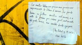 Citation d'Oscar Wilde sur le mur public Images libres de droits