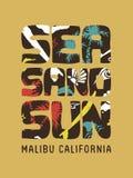 Citation de typographie de timbre de surfer de vintage du soleil de sable de mer illustration de vecteur