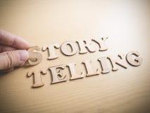 Citationstecken begrepp, berättelse Tellin för ord för självutveckling Motivational royaltyfri foto