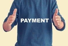 Citazioni di pagamento - fondo dell'uomo di affari Fotografia Stock Libera da Diritti