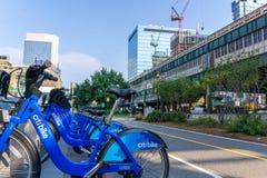 Citi-Fahrrad in der Long- Islandstadtu-bahnstation Stockfotografie