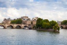 Citi l'isola e Pont Neuf, Parigi fotografie stock libere da diritti