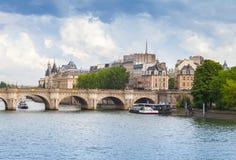 Citi l'isola e Pont Neuf, Parigi, Francia fotografia stock