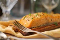 Citrino Salmon Cedar Plank imagens de stock