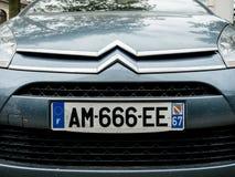 Citroen logotype και αριθμός 666 πιάτων Στοκ φωτογραφία με δικαίωμα ελεύθερης χρήσης