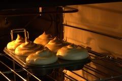 Citroenpastei bij de oven royalty-vrije stock foto