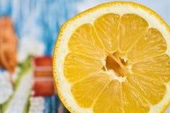 Citron coupé en tranches Photo stock