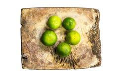 Citron de plaque de découpage Images stock