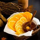Citron et orange coupés en tranches Images stock