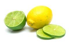 Citron et segments de limette Photos libres de droits