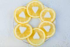 Citron frais avec du sucre Photos stock