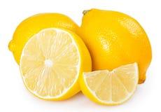 Citron frais sur le fond blanc photos libres de droits