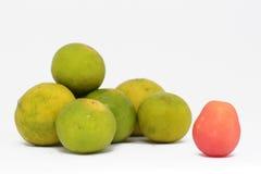Citron och körsbärsröda tomater Arkivfoton
