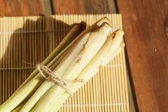 Citronella sulla stuoia di bambù Fotografie Stock