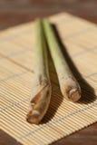 Citronella sulla stuoia di bambù Immagini Stock Libere da Diritti