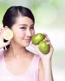 Citronen är stor för hälsa Royaltyfri Bild