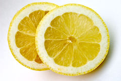 citronen skivar två Arkivbild