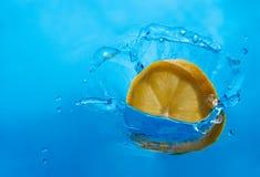 Citronfärgstänk Fotografering för Bildbyråer