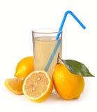 Citronjuice och frukt Arkivbild