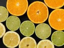 Citrons d'oranges et agrumes frais de chaux Photo libre de droits