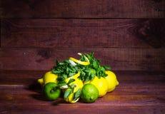 Citrons et limette Image libre de droits